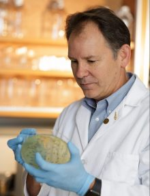 photo Dr Smith Research to Prevent Blindness Foundation